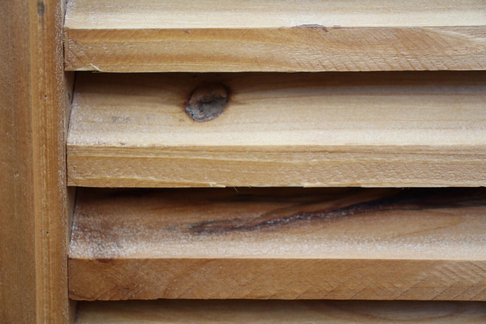 # Cabinet 2 Door Lourve Natural